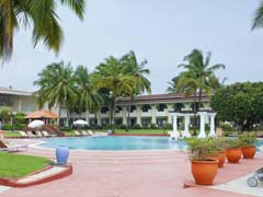 Holiday_Inn_Beach_Resort_Goa_India