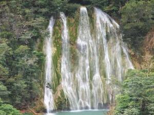 Vodopady_Dominikana