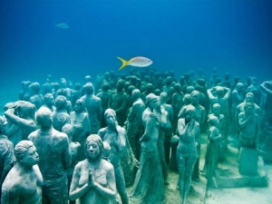 underwater_museum_Cancun_Mexico