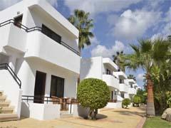 Adams_Beach_Cyprus