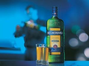 Бехеровка - знаменитый напиток Чехии